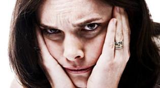 причины темных кругов под глазами у женщин